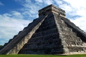 пирамида в мерсике