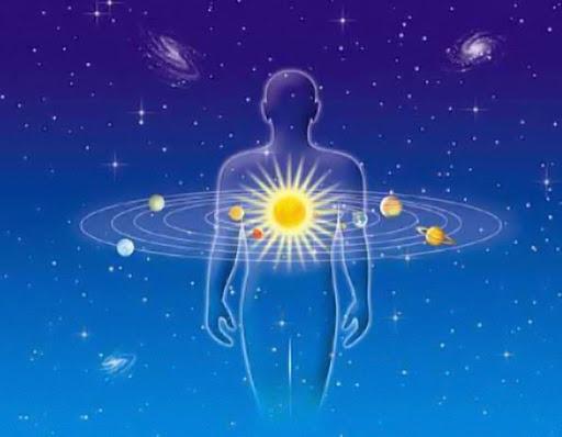 «Когда Бог разрешает человеку что-то изменить в его судьбе, он приводит его к астрологу…»